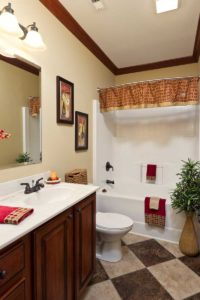 Franklin 3017 Guest Bath