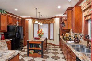 Franklin 3017 Kitchen View