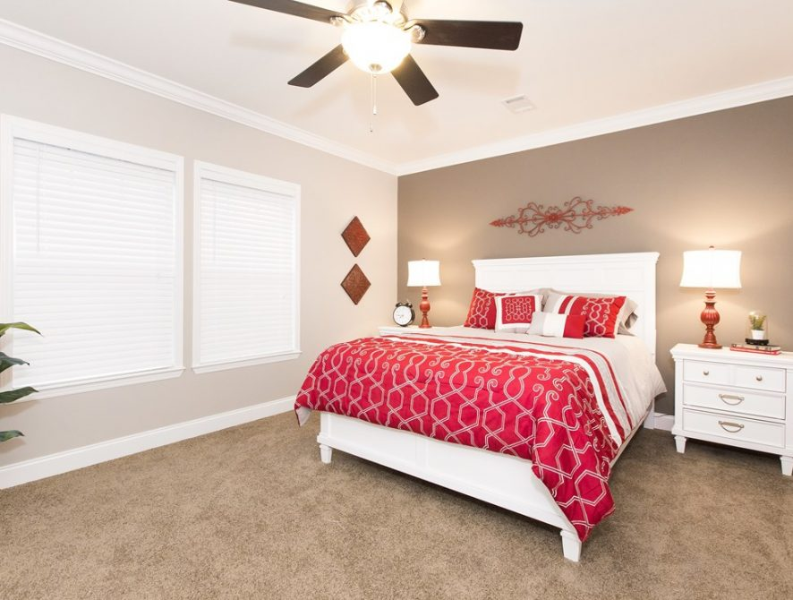 Manufactured-THE-NEWPORT-28-32SMH28684AH-Master-Bedroom-20170307-1122372597899