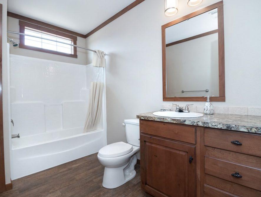Manufactured-THE-ST-LOUIS-32SMH32603BH-Guest-Bathroom-20170626-0834262279692