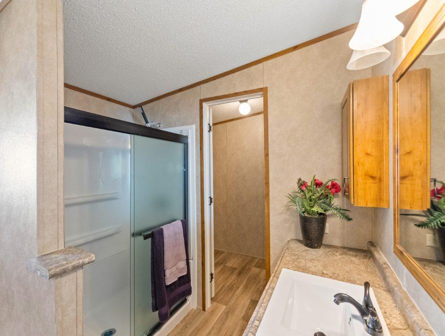 S-2464-32FLP-16-Bathroom