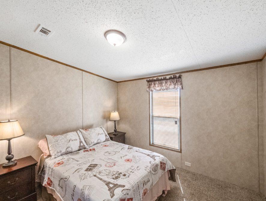 S-2464-32FLP-19-Bedroom1